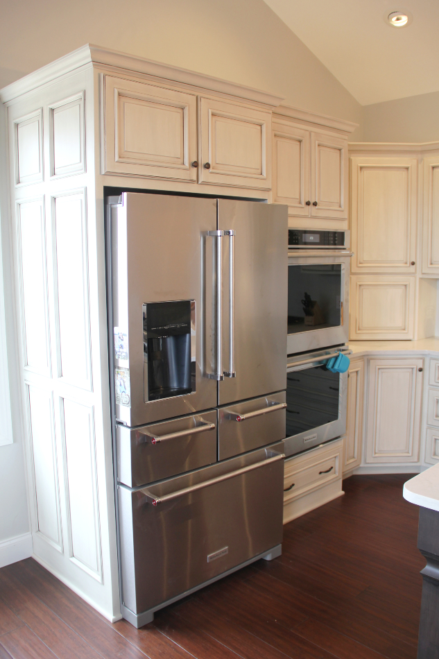 painted-glazed-dark-stained-kitchen-cabinets - Fairfield ...