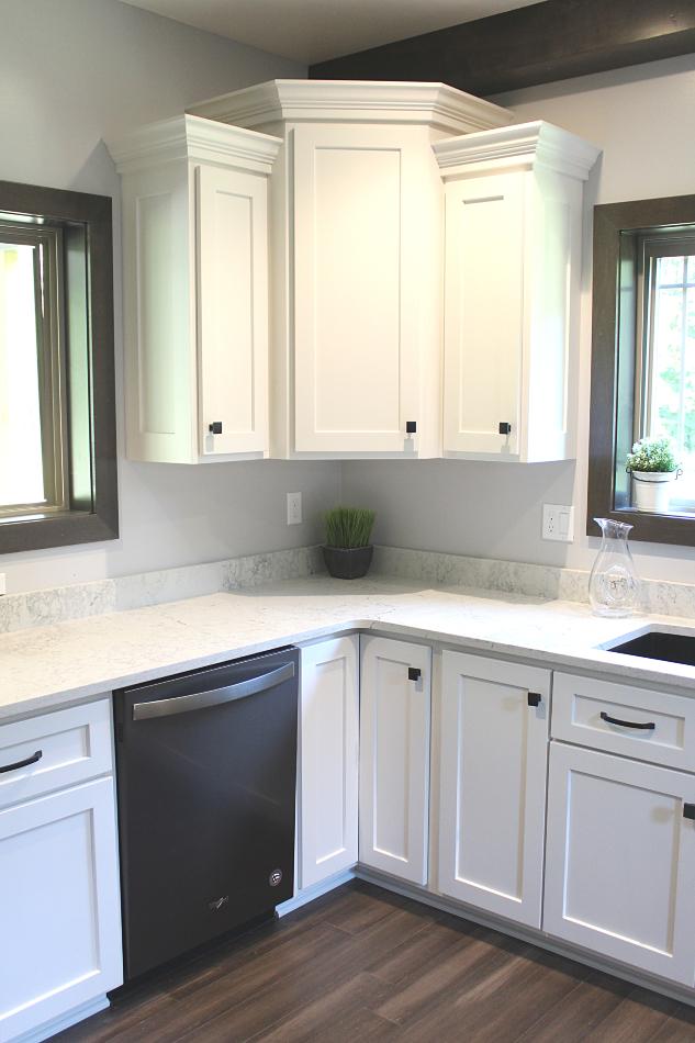 White Custom Kitchen with Caesarstone Quartz - Cochranton ...