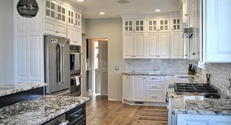 white-custom-kitchen-cabinets