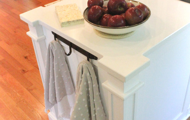 white-painted-custom-kitchen-cabinets